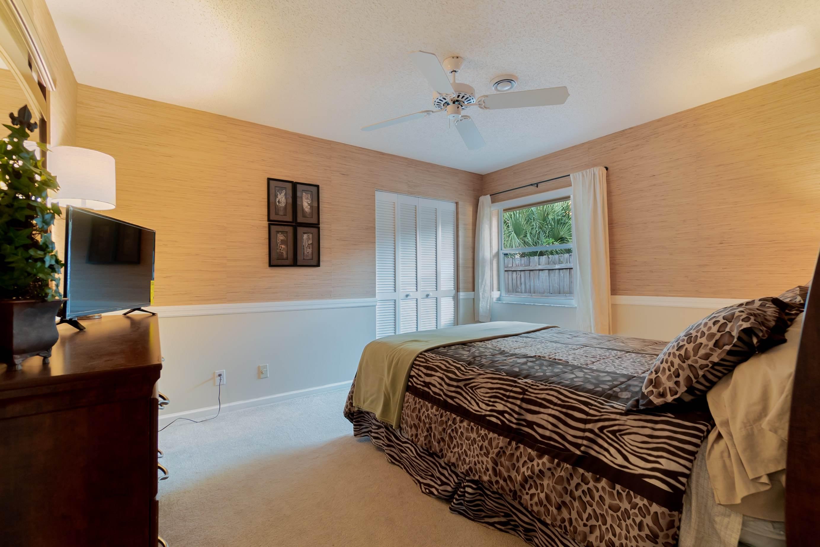 12898 Buckland Street, Wellington, FL 33414