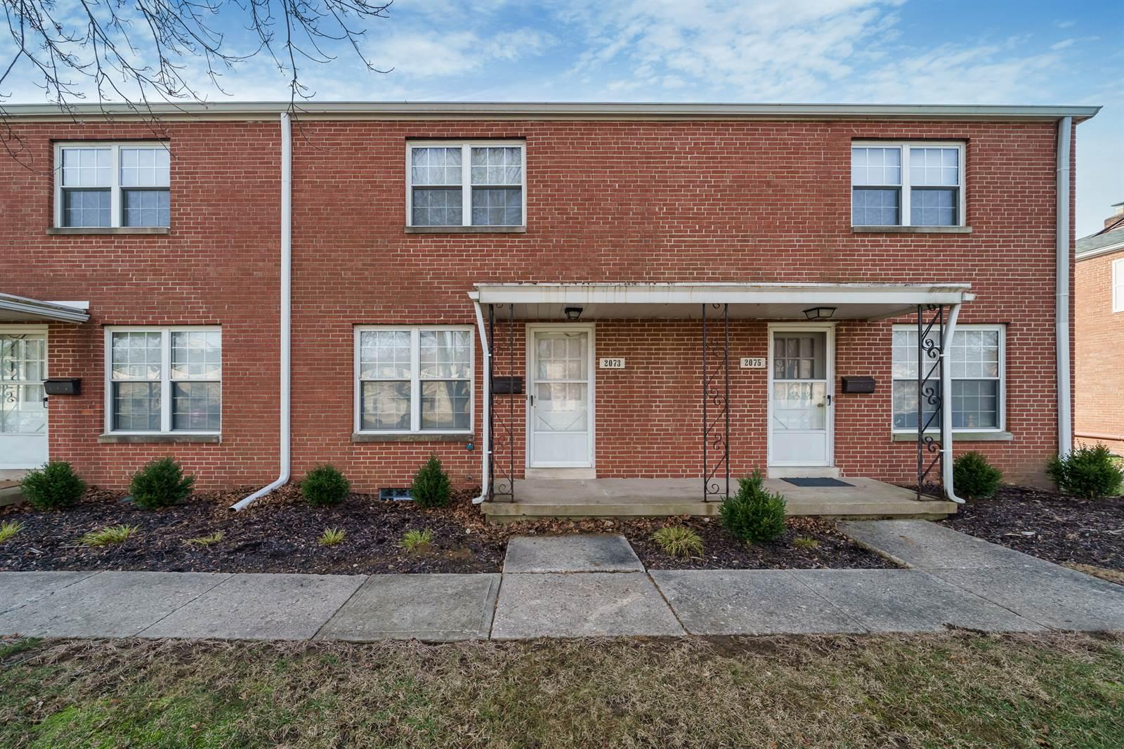 2073 Ridgeview Rd, Upper Arlington, OH 43221
