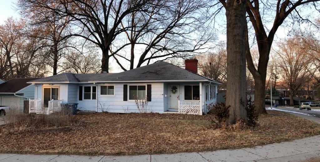 5116 West 76th Terrace, Prairie Village, KS 66208