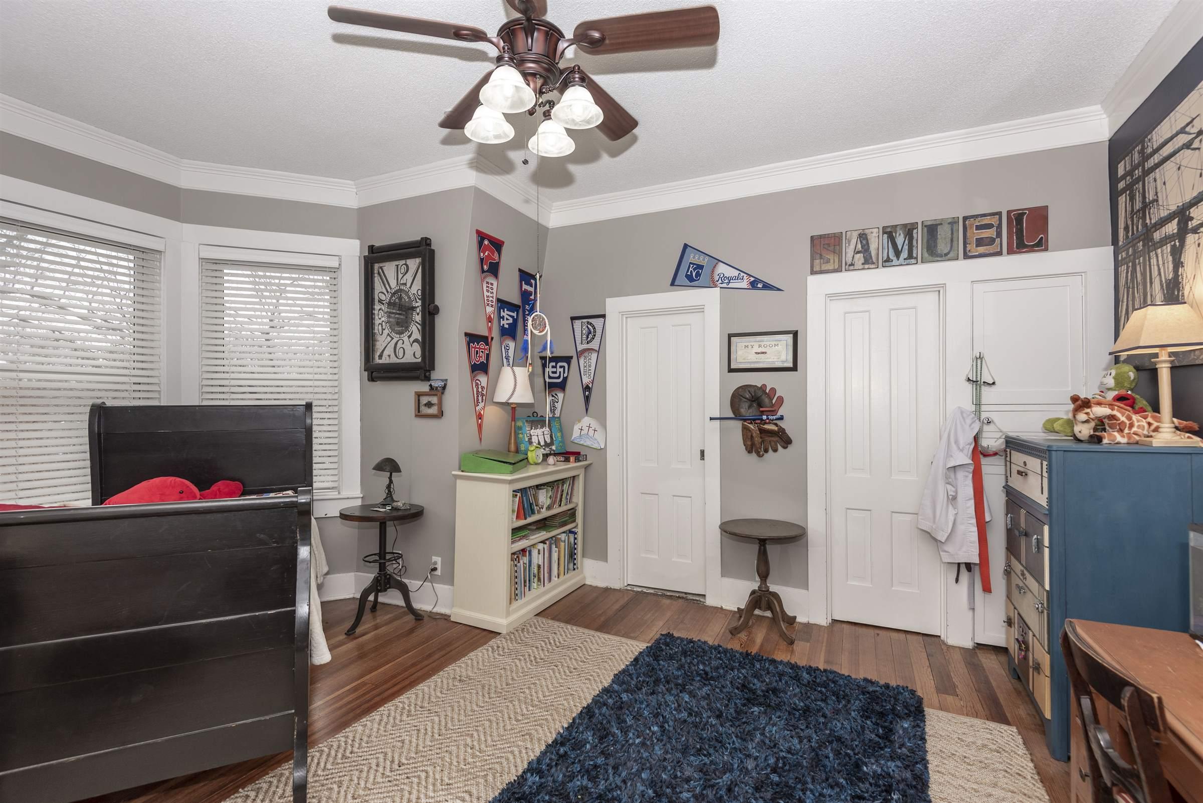 1204 N Buckeye Avenue, Abilene, KS 67410