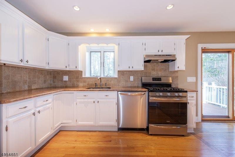781 Tobia Rd, Bridgewater Township, NJ 08807