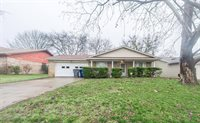 857 Lexington Drive, Lancaster, TX 75134