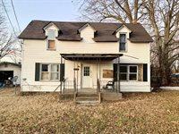 305 Church Street, Sarcoxie, MO 64862