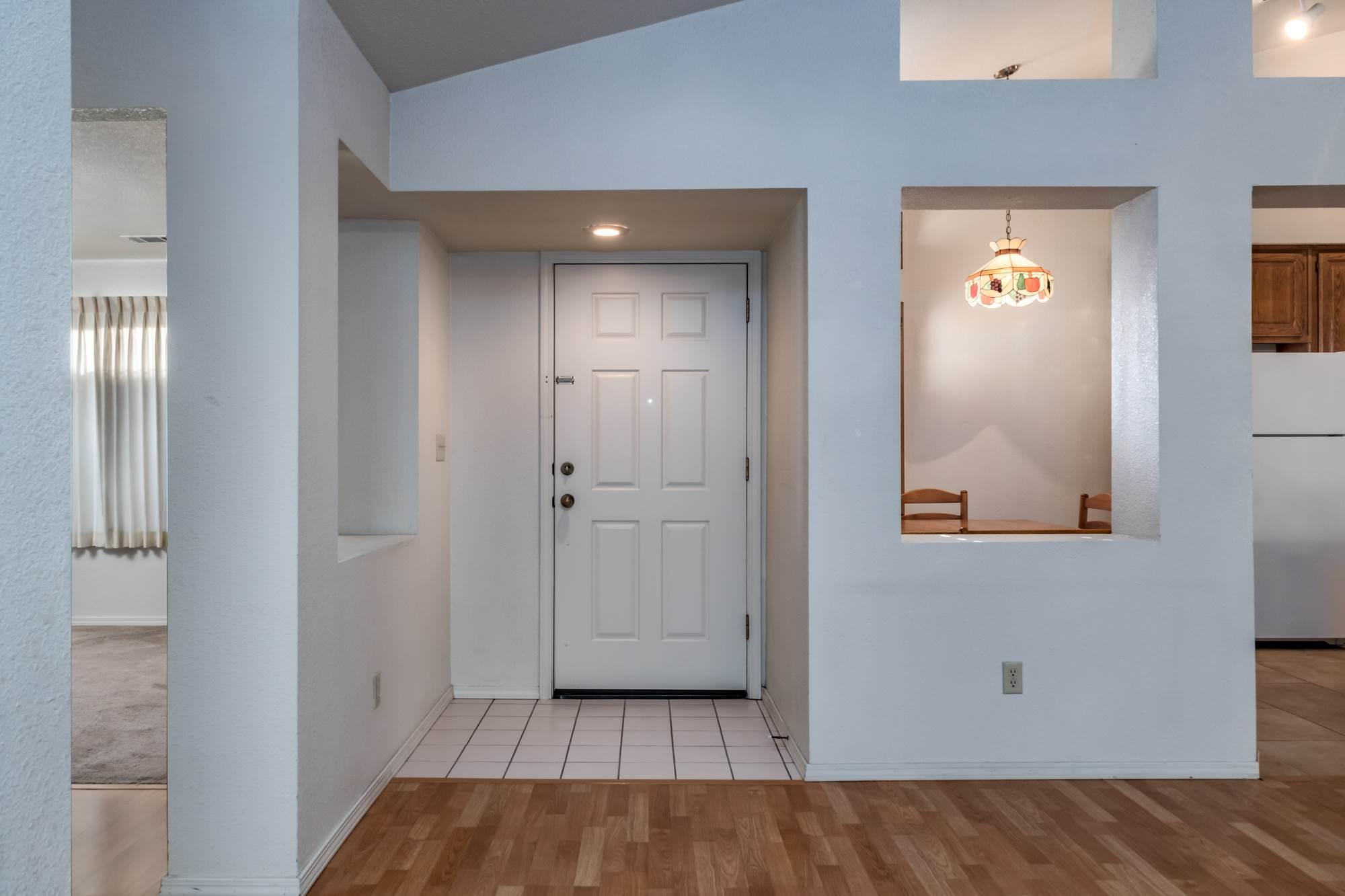 1141 Copper Lantern Court, Modesto, CA 95355