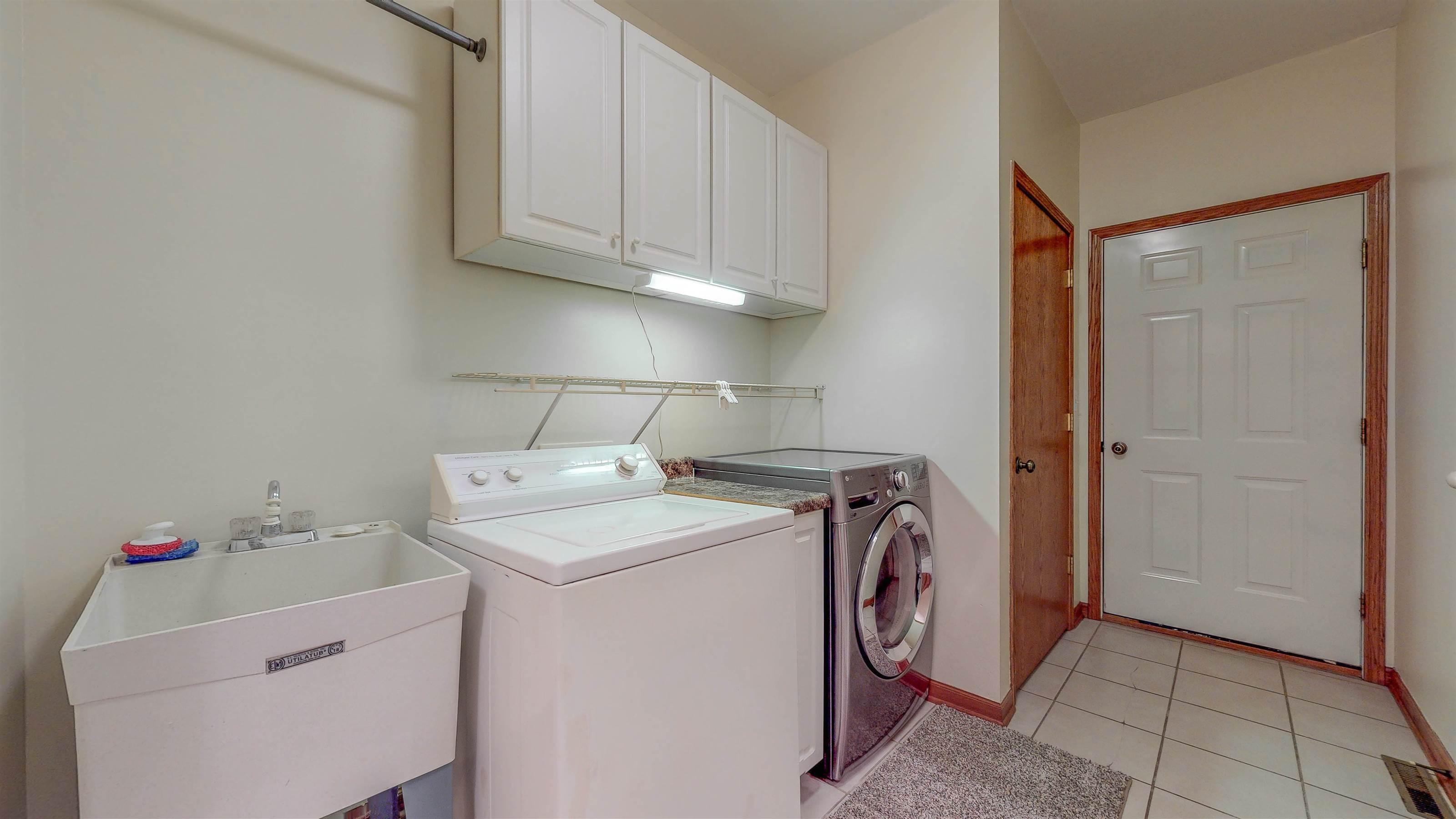 302 North Spruce Street, Manteno, IL 60950