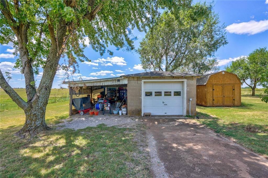 15928 E County Road 1520 Rd, Lindsay, OK 73052