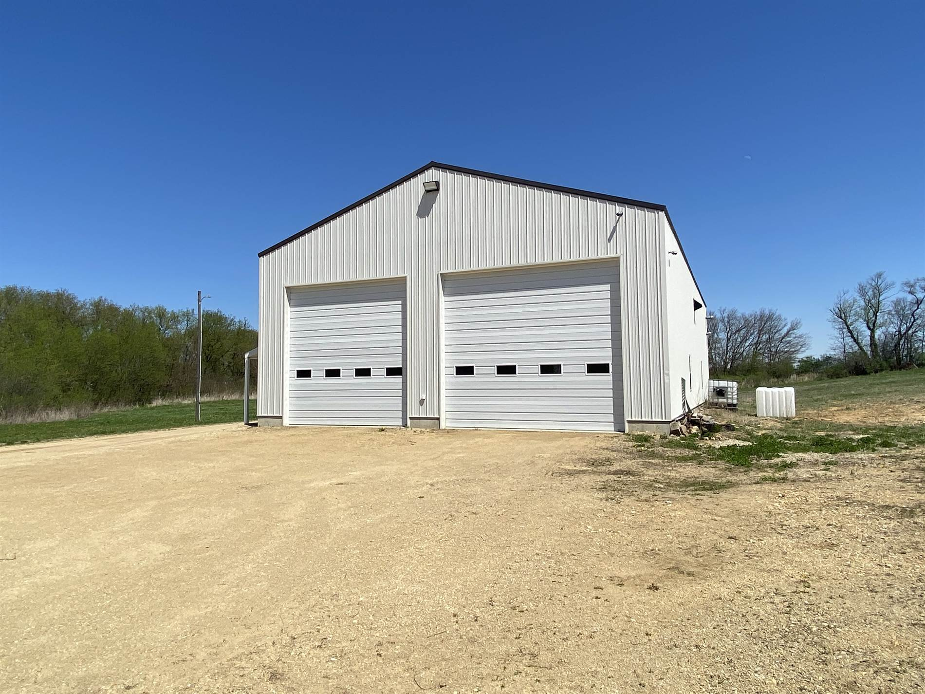 4533 West Lily Creek Road, Freeport, IL 61032