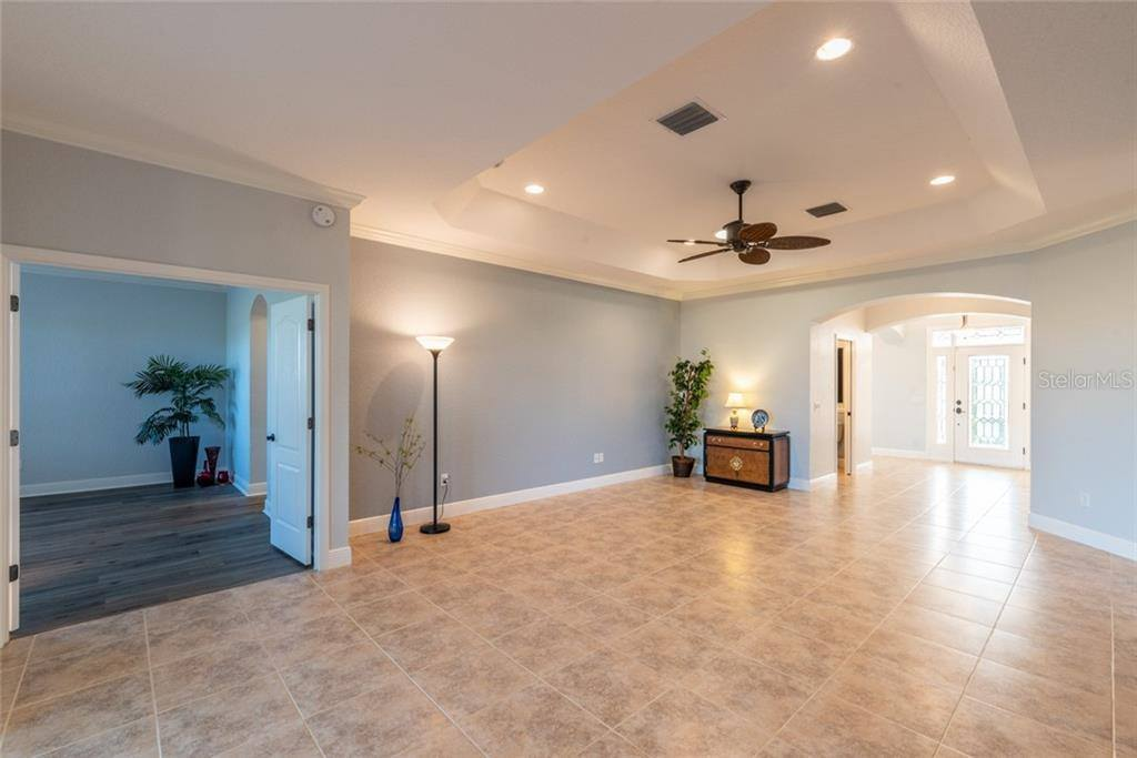 593 Inner Circle, The Villages, FL 32162