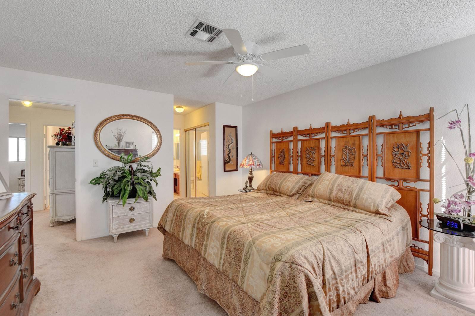 6629 Canyon Cove Way, Las Vegas, NV 89108