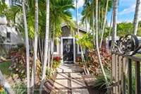 614 NE 10th Ave, Fort Lauderdale, FL 33304
