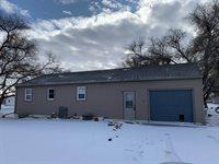 422 42nd St East, Williston, ND 58801