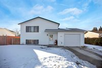 1819 6th Ave East, Williston, ND 58801
