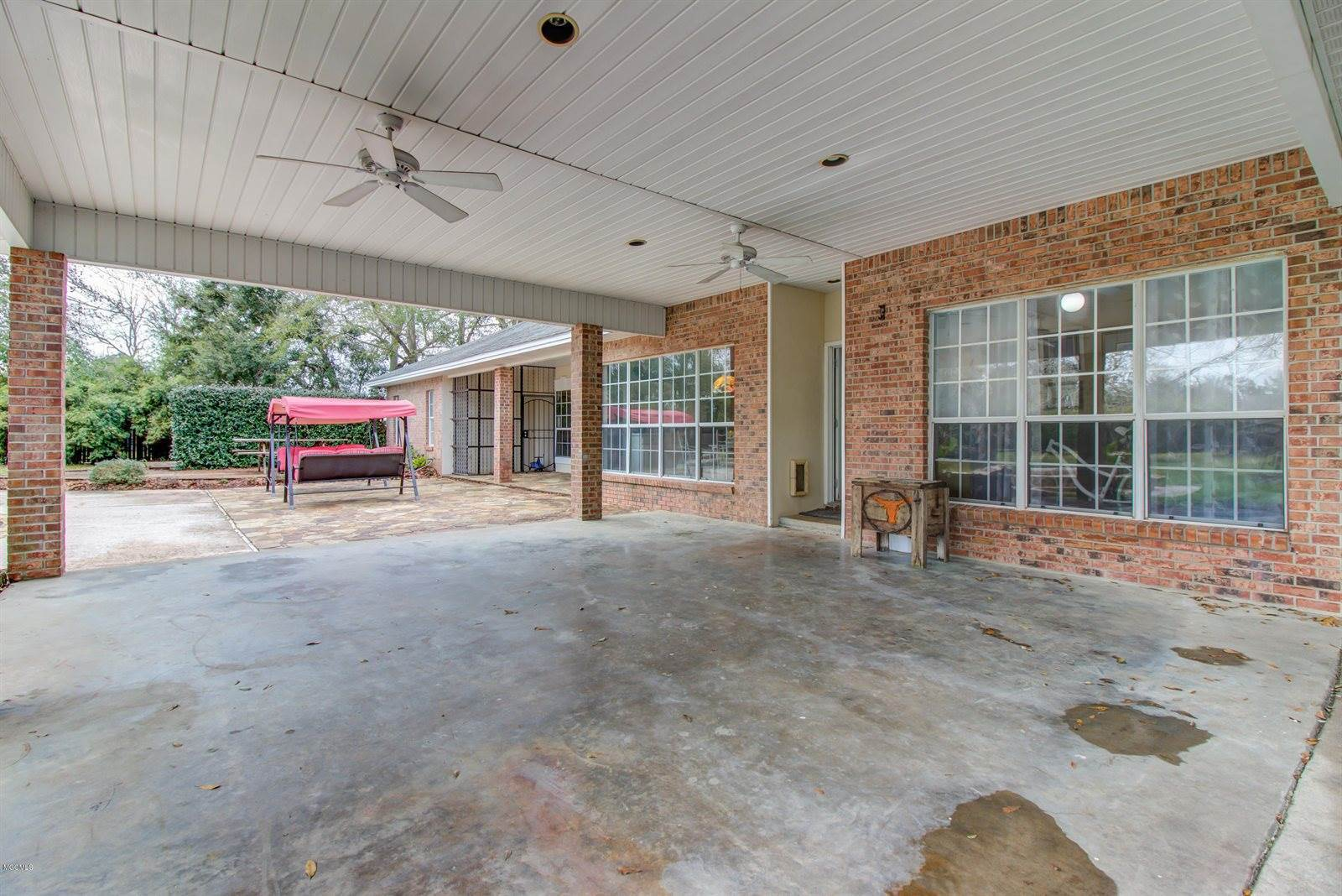 20169 Pineville Rd, Long Beach, MS 39560