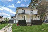 755 West Pleasant Street, Freeport, IL 61032