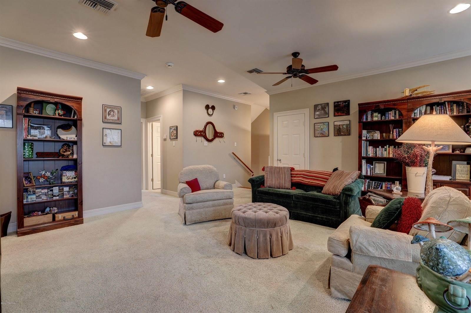 135 Heartwood Circle, Lafayette, LA 70503