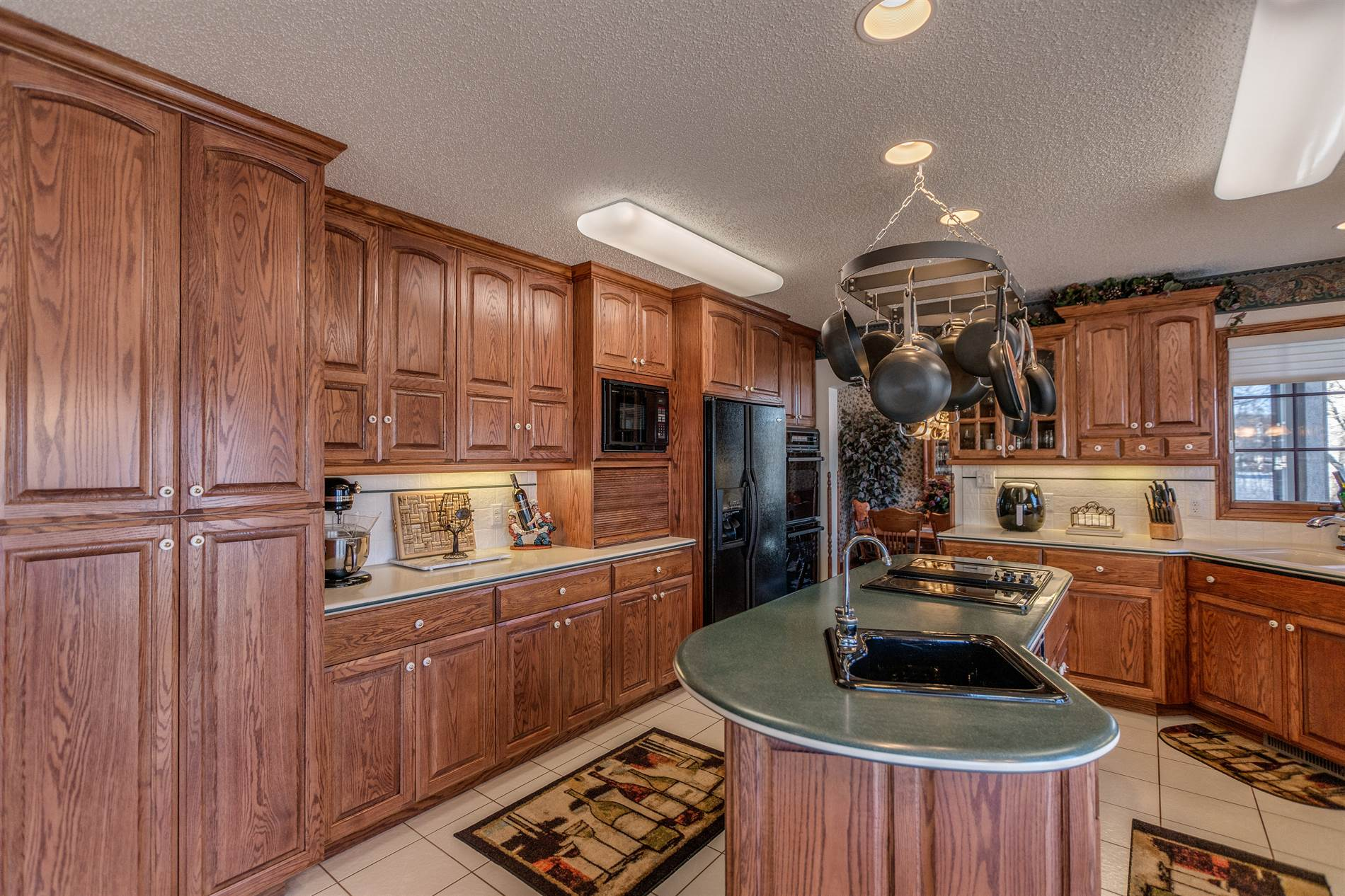 37 Captain Marsh Drive, Mandan, ND 58554