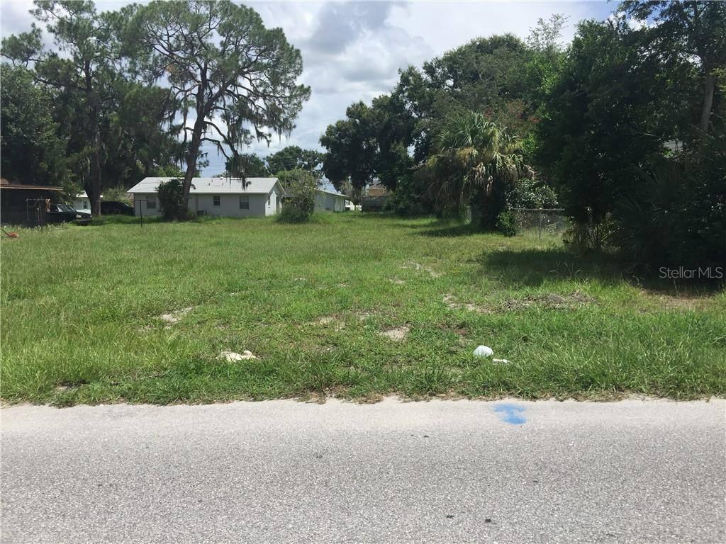 Roselawn Street SW, Winter Haven, FL 33880