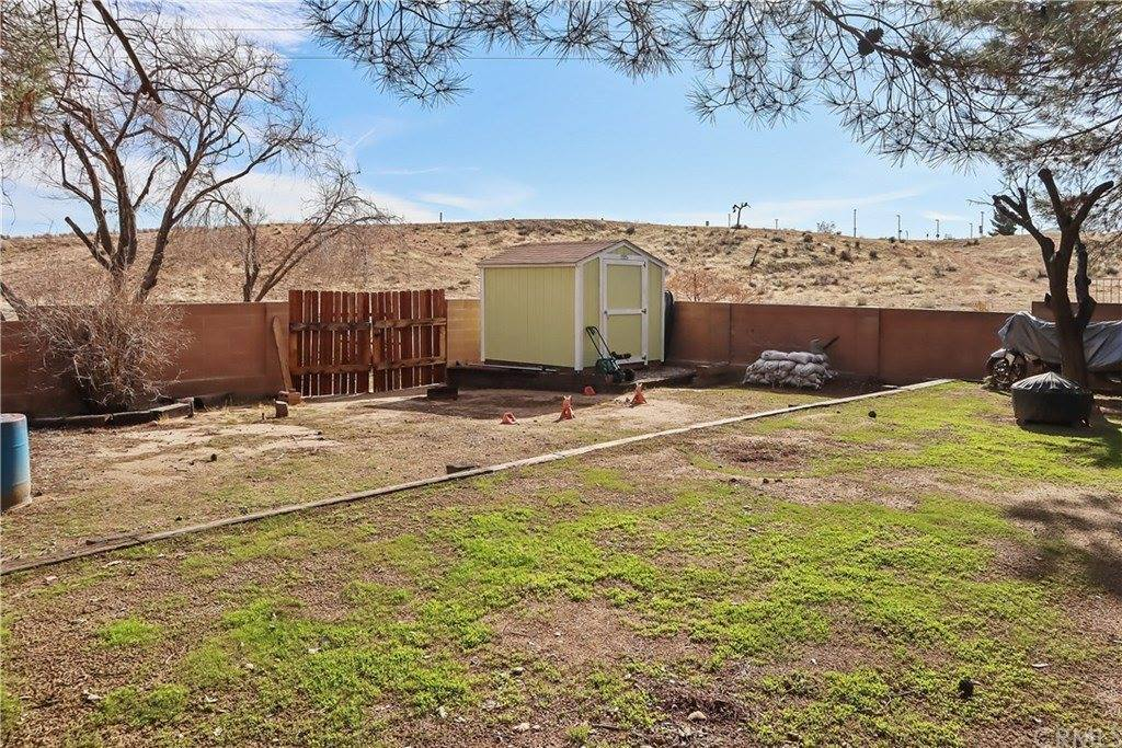 12401 Spring Valley, Victorville, CA 92395