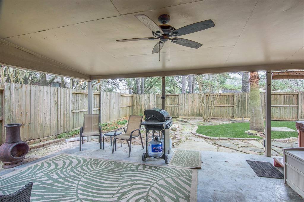 12015 Hedgedown Drive, Houston, TX 77065