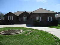 8426 E Oxford Cir, Wichita, KS 67226