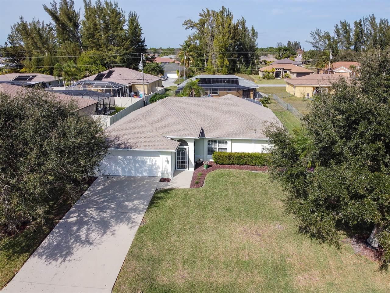 169 SE 16th Ter, Cape Coral, FL 33990