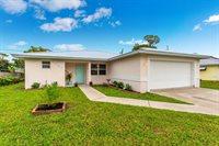 1757 SE Monroe Street, Stuart, FL 34997