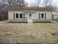 4584 S Meadowview Ave, Wichita, KS 67216
