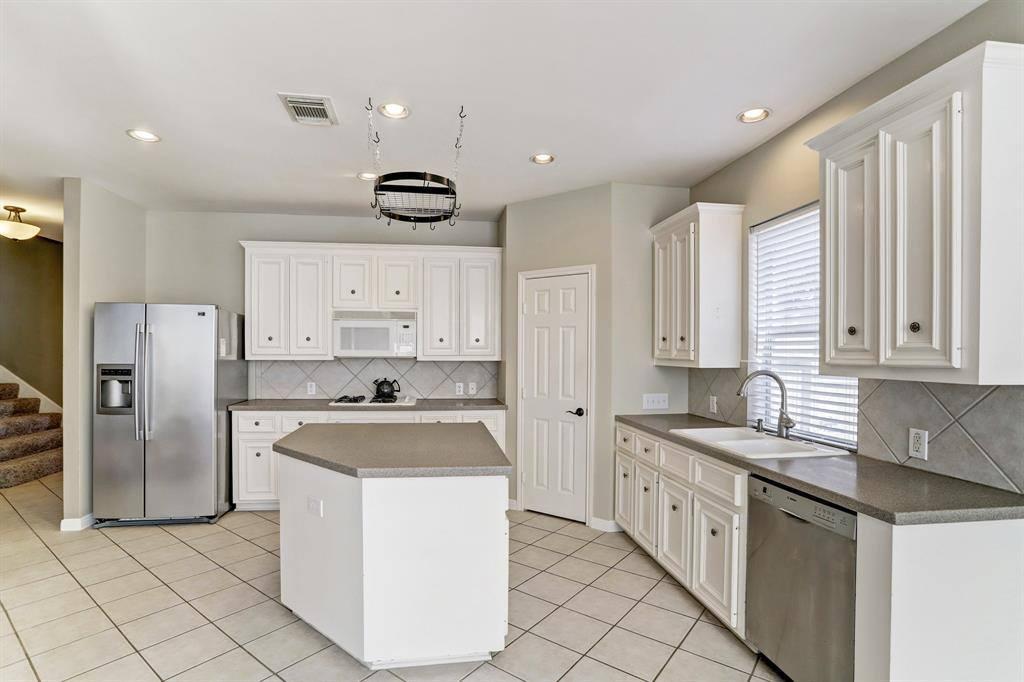 14106 Sherburn Manor Drive, Cypress, TX 77429