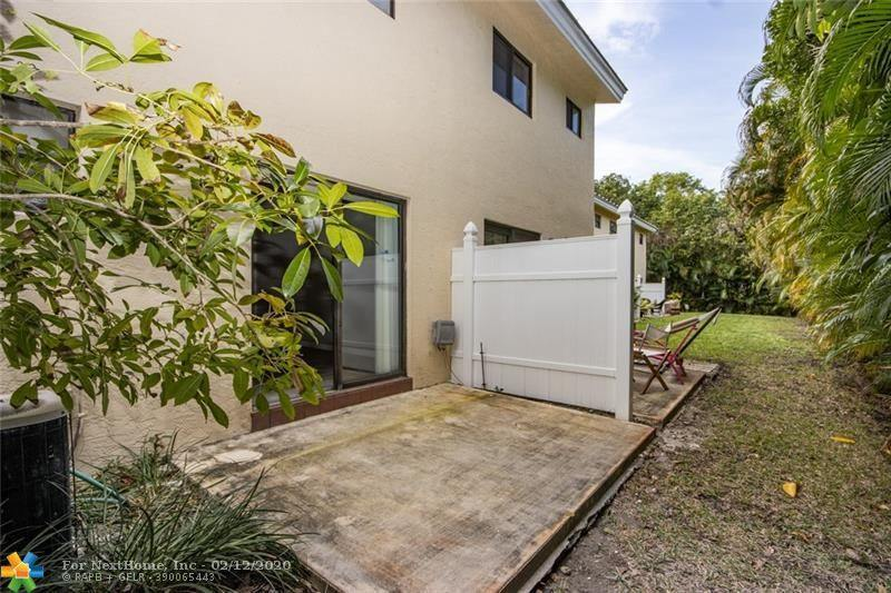 1455 Holly Heights Dr, #16, Fort Lauderdale, FL 33304