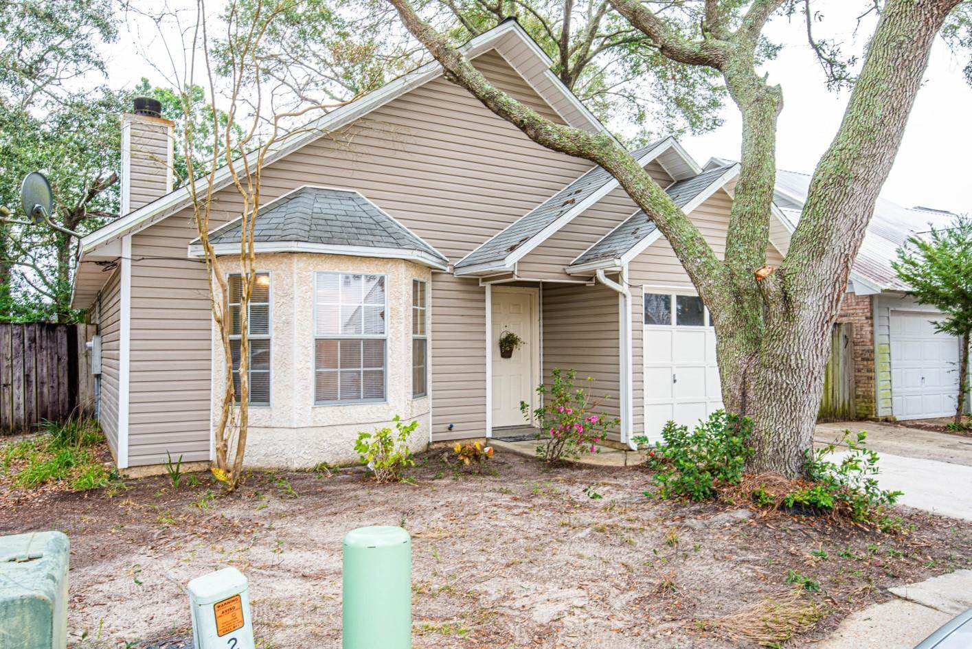 8 Forest Breeze Court, Fort Walton Beach, FL 32547