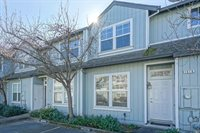 1616 Pinebrook Place, Santa Rosa, CA 95403