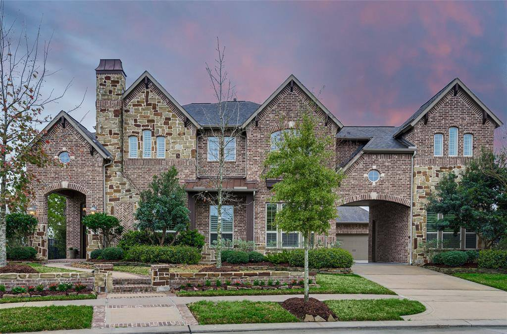 19003 Cove Manor Drive, Cypress, TX 77433