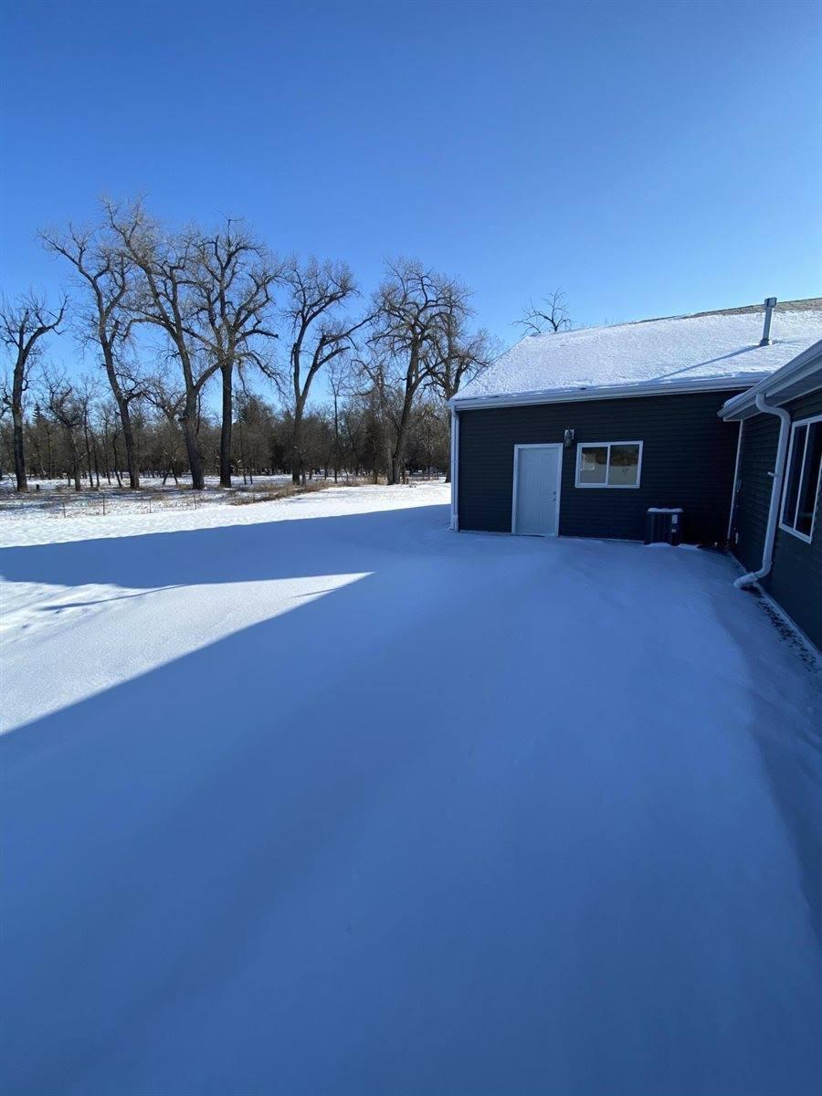 5414 Olive Tree Drive, Bismarck, ND 58503