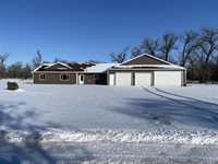 5414 Olive Tree Drive, Bismarck, ND 58503