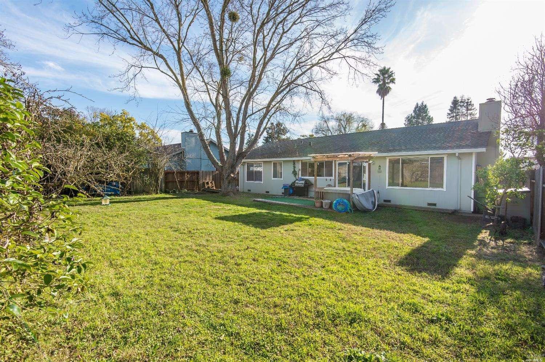 1163 Emily Avenue, Rohnert Park, CA 94928