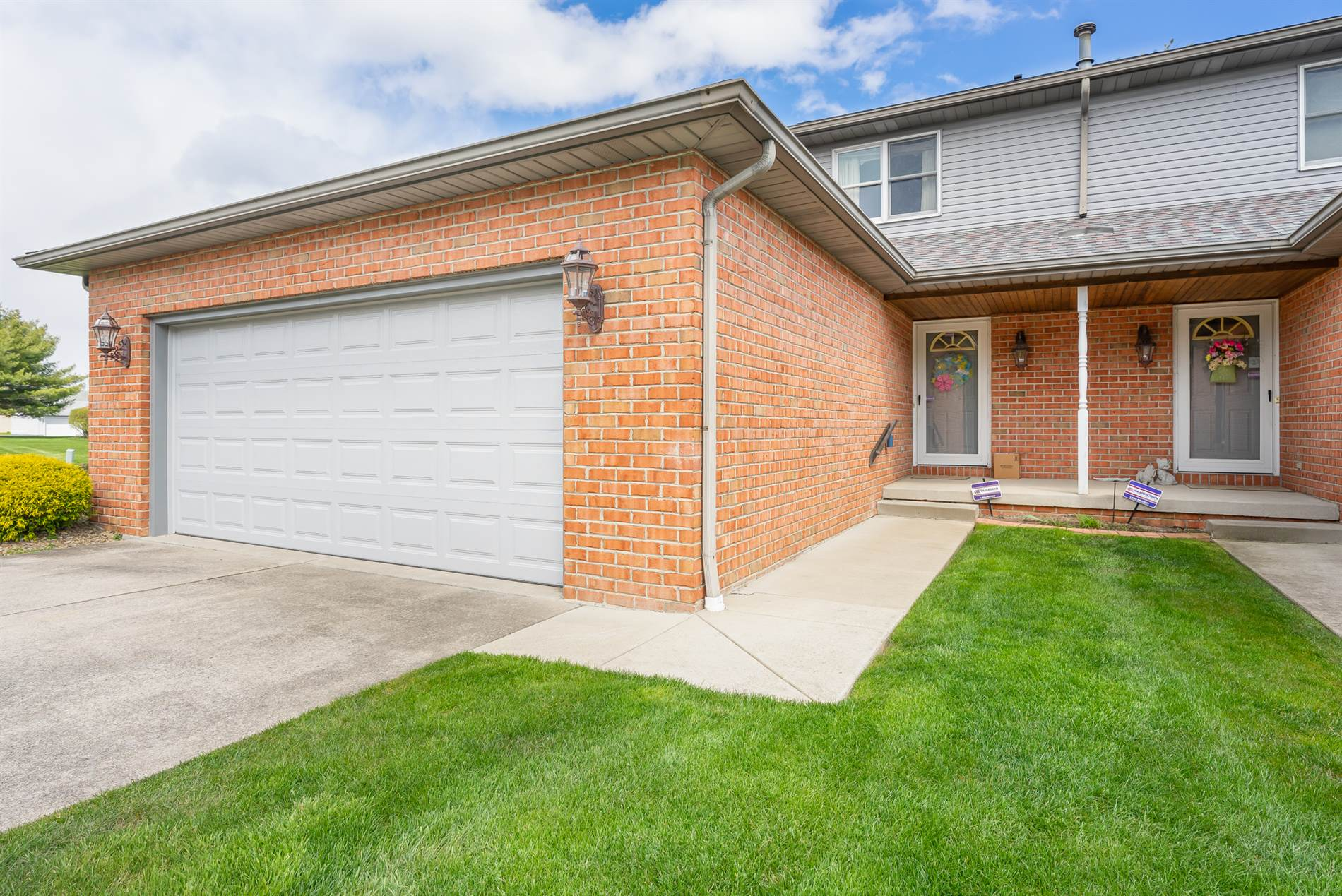 3755 Mercedes Pl, #1, Canfield, OH 44406