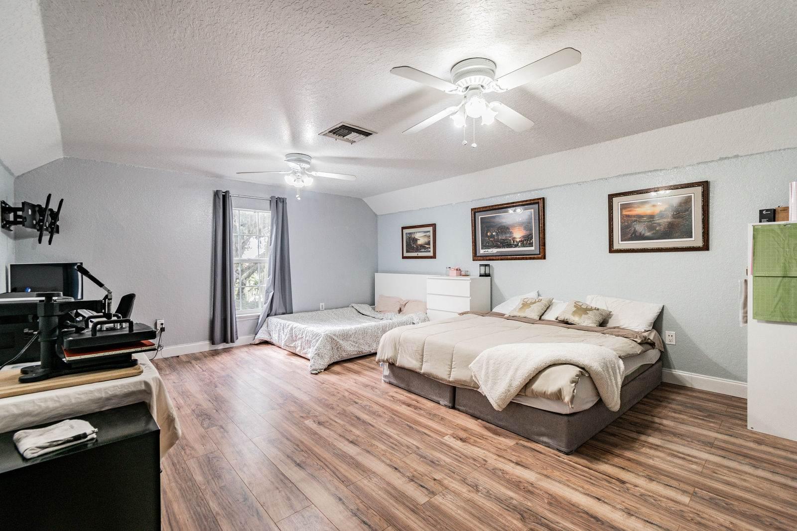 5031 River Lake Road, Winter Haven, FL 33884