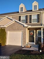 242 Lakeside Crossing, Mount Joy, PA 17552