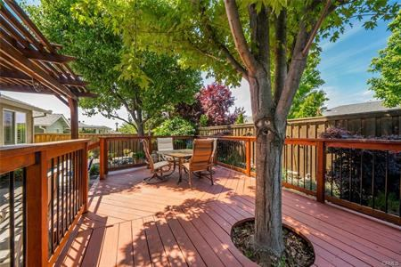 37 Parliament Court, Chico, CA 95973
