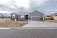 1705 NW 10th, Abilene, KS 67410