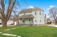 202 West Avon Street, Forreston, IL 61030