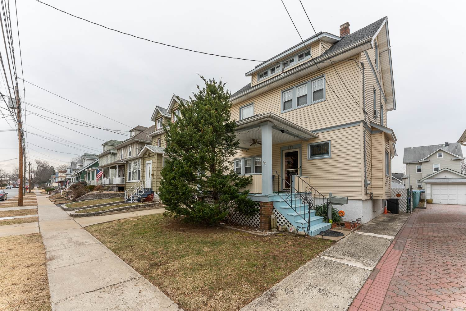 127 De Mott Ave, Clifton, NJ 07011