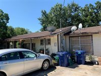 317 East Union Street, Eagle Lake, TX 77434