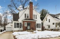 1351 West Stover Street, Freeport, IL 61032