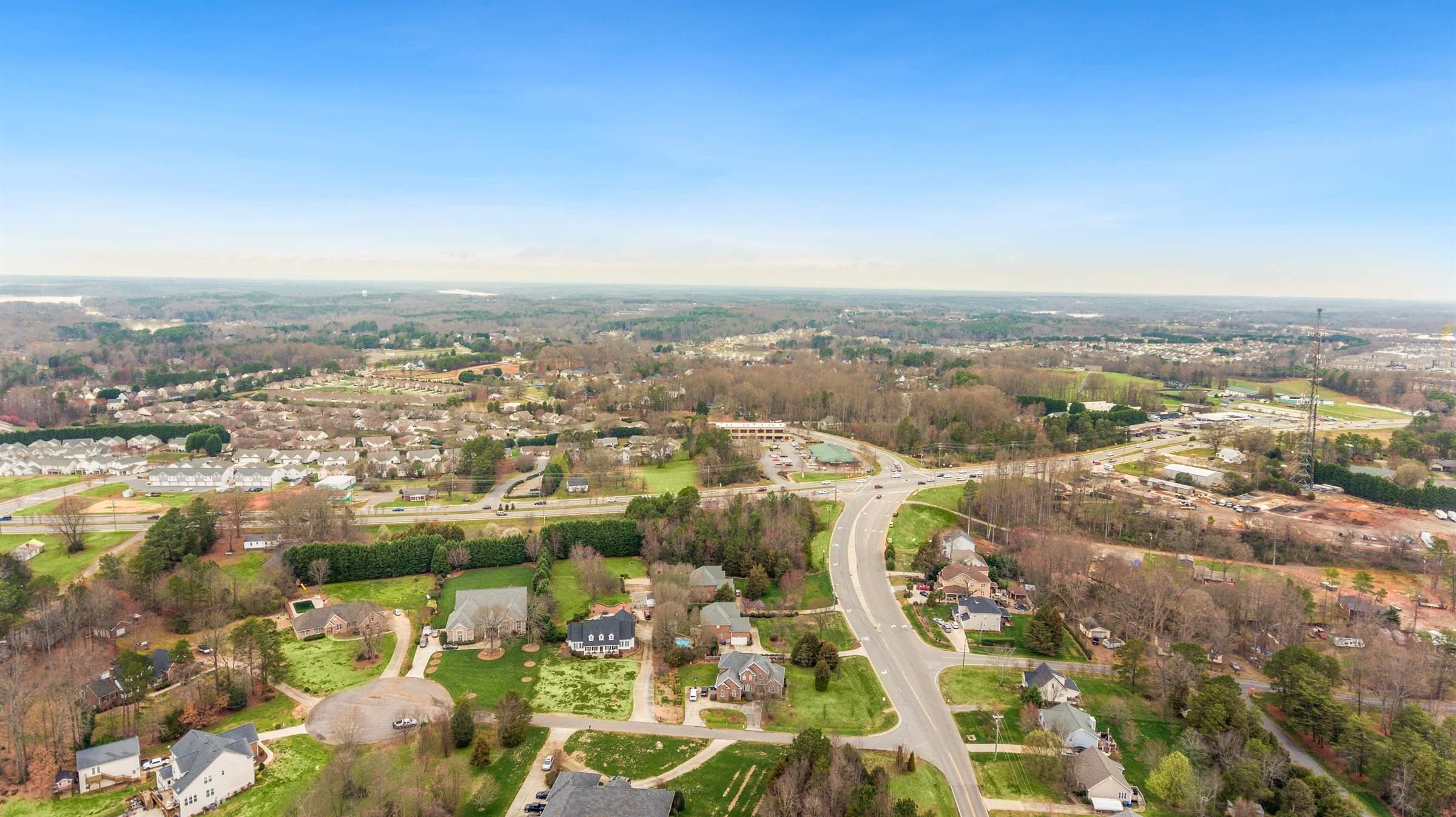 106 Fantasy Ln, Mooresville, NC 28117