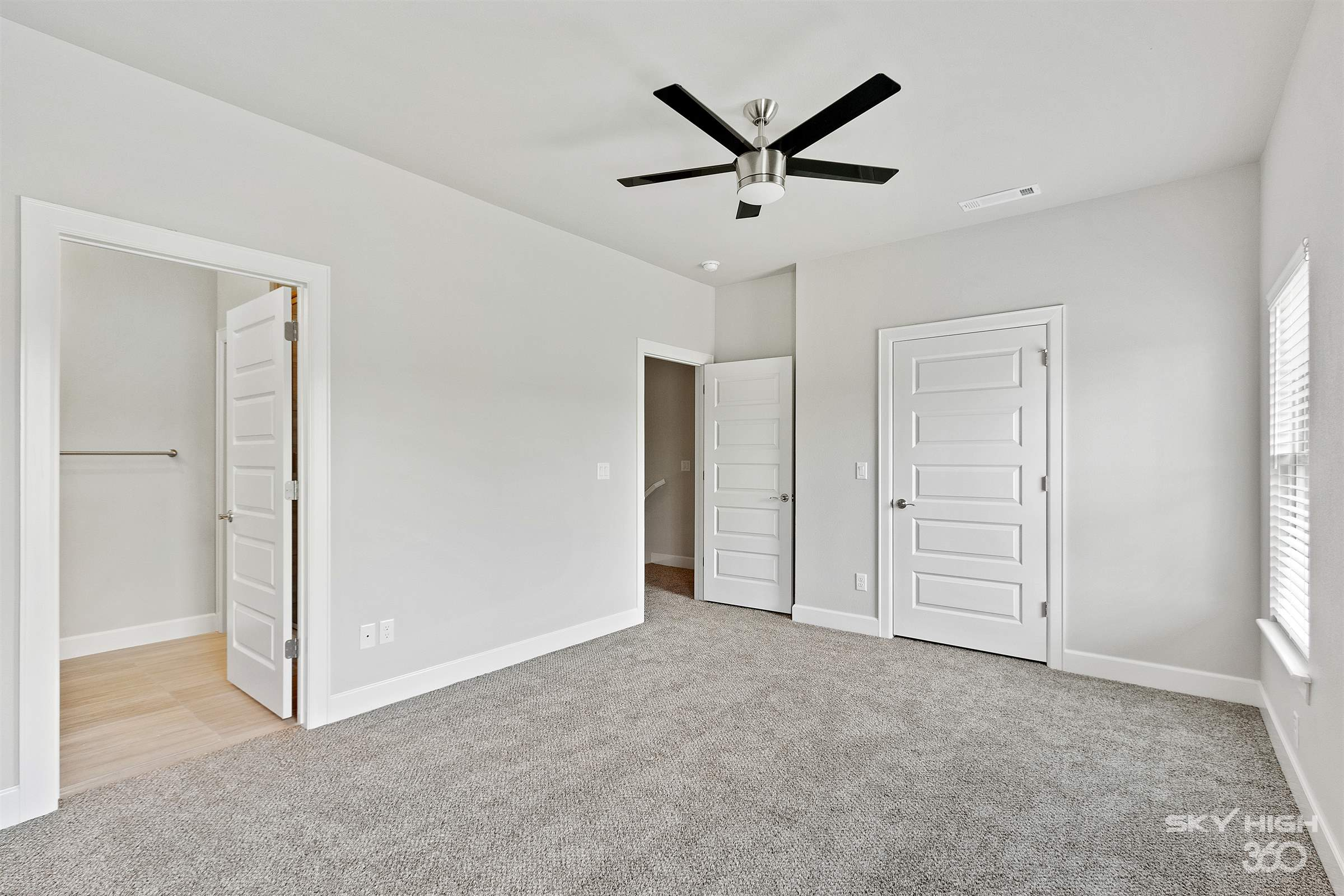406 NW Retreat Lane, Bentonville, AR 72712