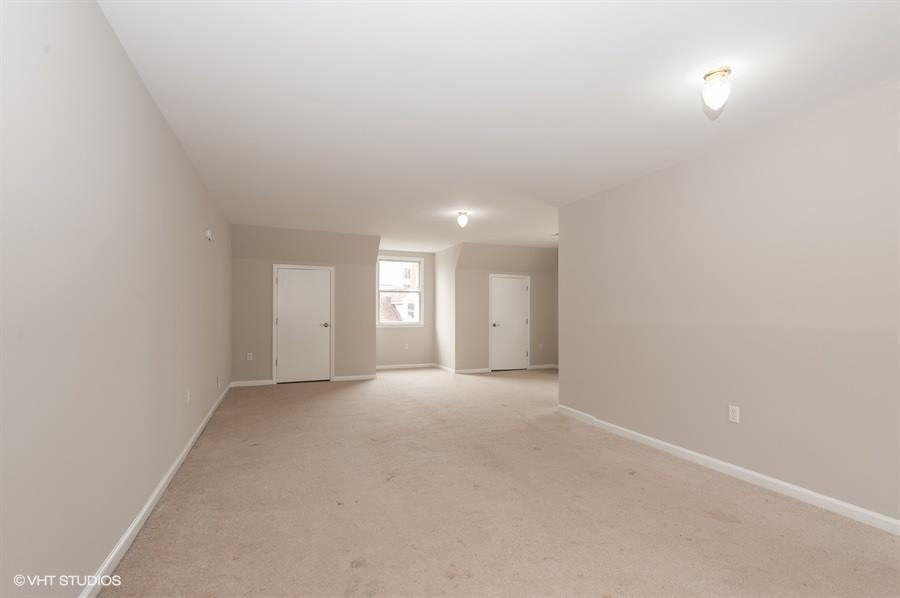 41 Val Sumo Lane, Newark, NJ 07105