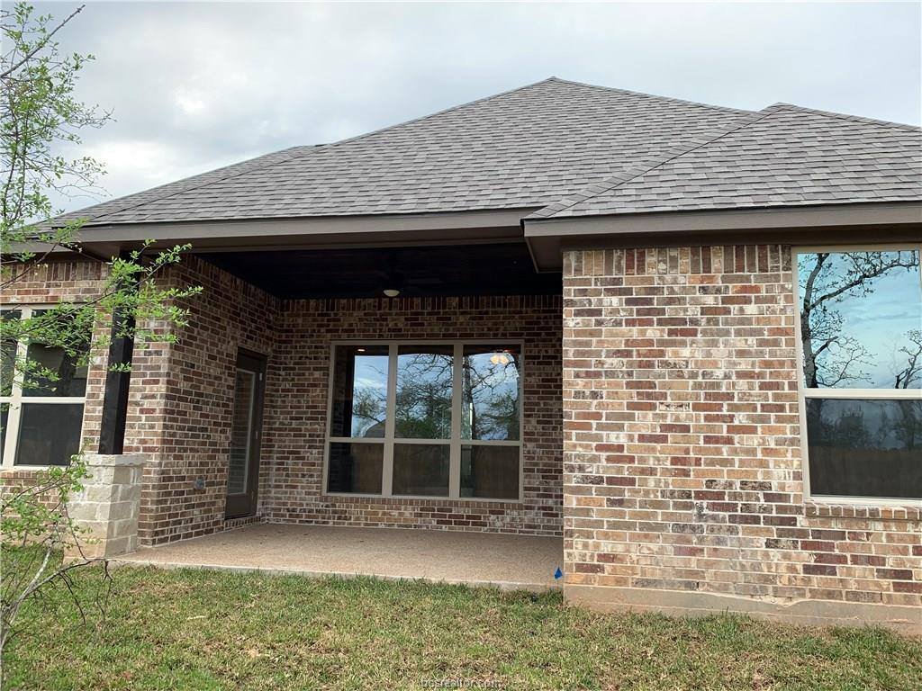 2710 Wolveshire Lane, College Station, TX 77845