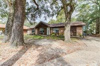 1326 Sherwood Dr, Gulfport, MS 39507