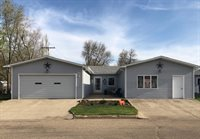 508 4th Street NE, Kenmare, ND 58746